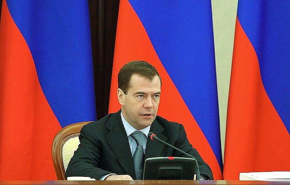 Miedwiediew: walczyć z terroryzmem do końca