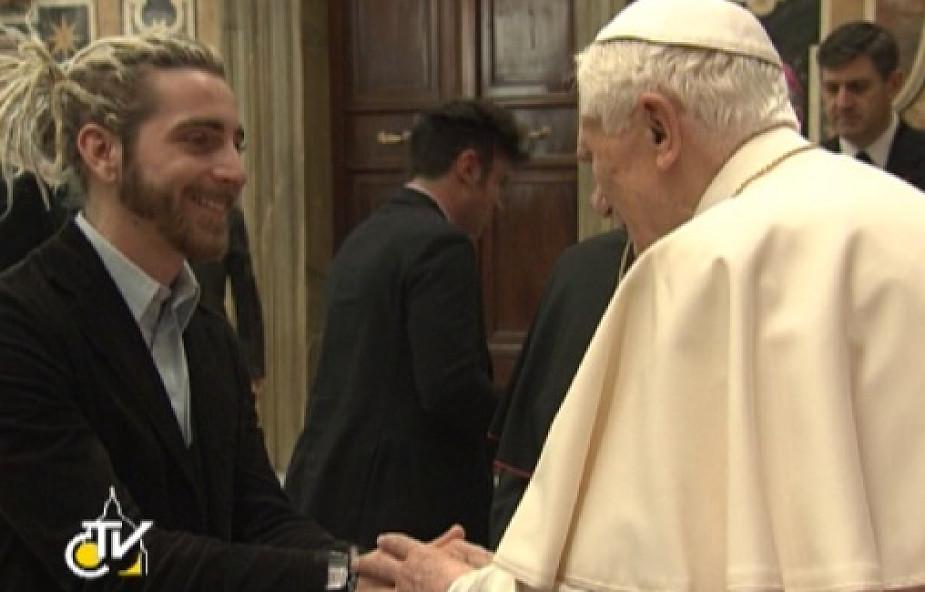 Benedykt XVI: Kościół ufa młodzieży