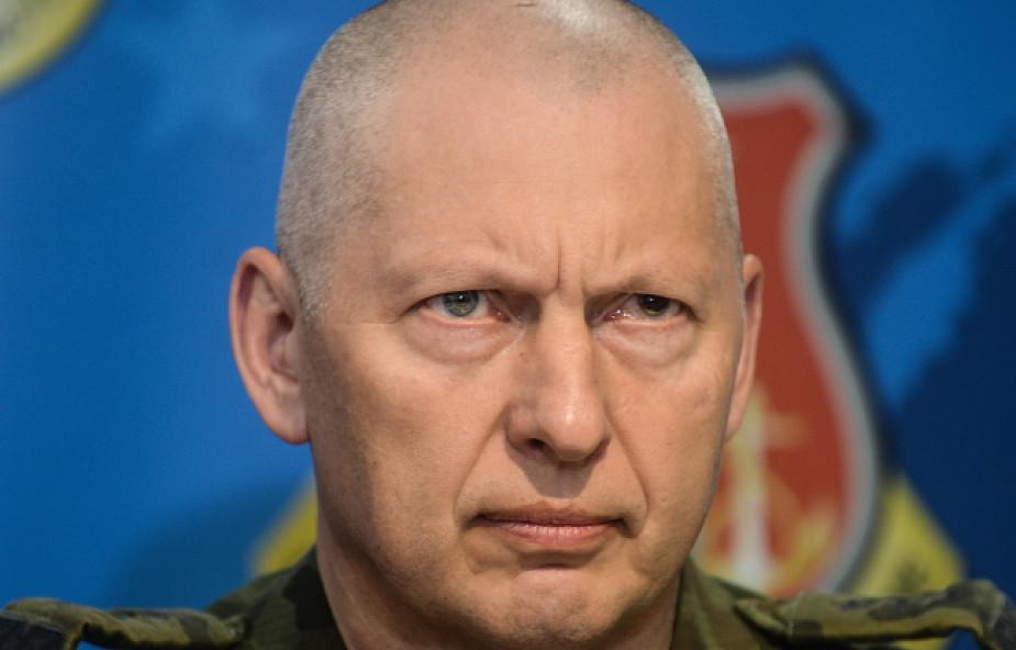 Szef MON przyjął dymisję dowódcy generalnego