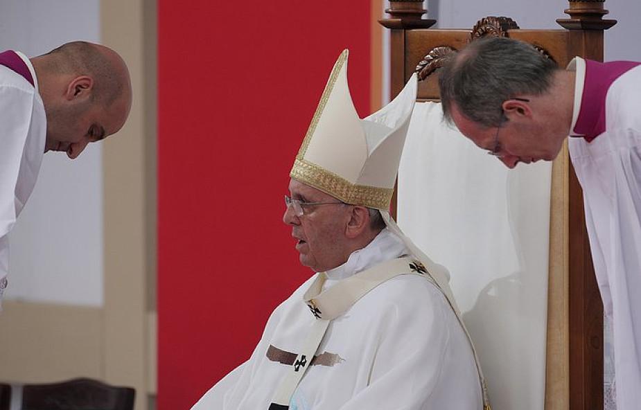 Papież na Mszy w Bolonii: życie chrześcijańskie jest pokorną pielgrzymką sumienia