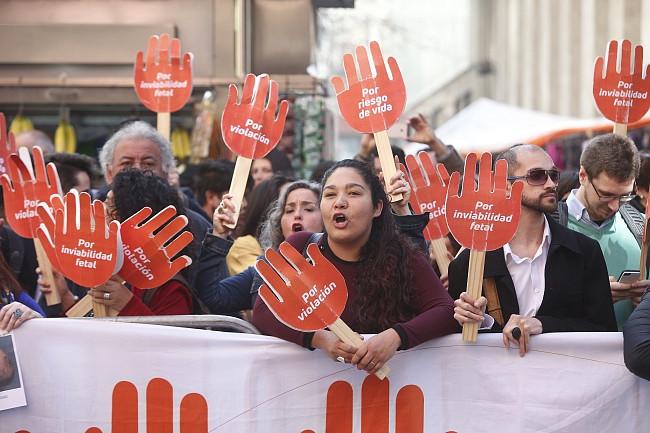 Chile: Trybunał Konstytucyjny zatwierdził aborcję w trzech przypadkach - zdjęcie w treści artykułu