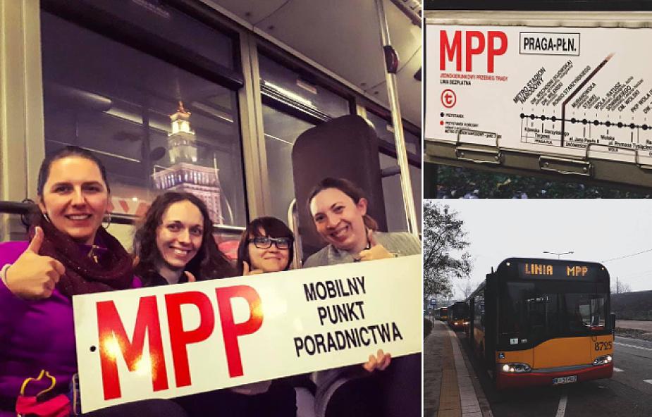 """W Warszawie jeździ autobus, w którym bezdomni są mile widziani. """"Z nocnego czasem wyrzucą, a tu nie"""""""
